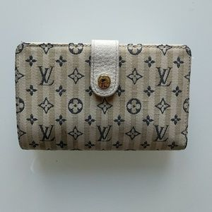 Authetic Louis Vuitton Mini Lin Monogram Wallet